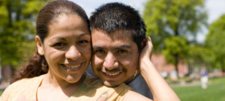Cómo los recién casados deben manejar las finanzas del hogar
