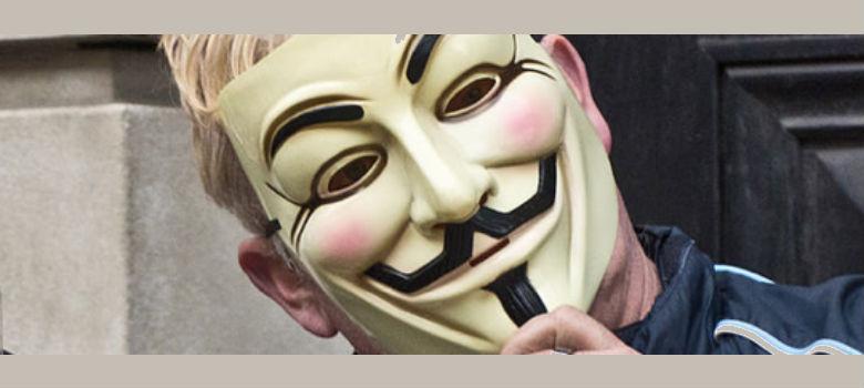 Aléjate de estos trucos, estafas y fraudes de ayuda financiera