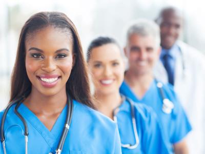 Cómo negociar un gasto médico no cubierto por el seguro